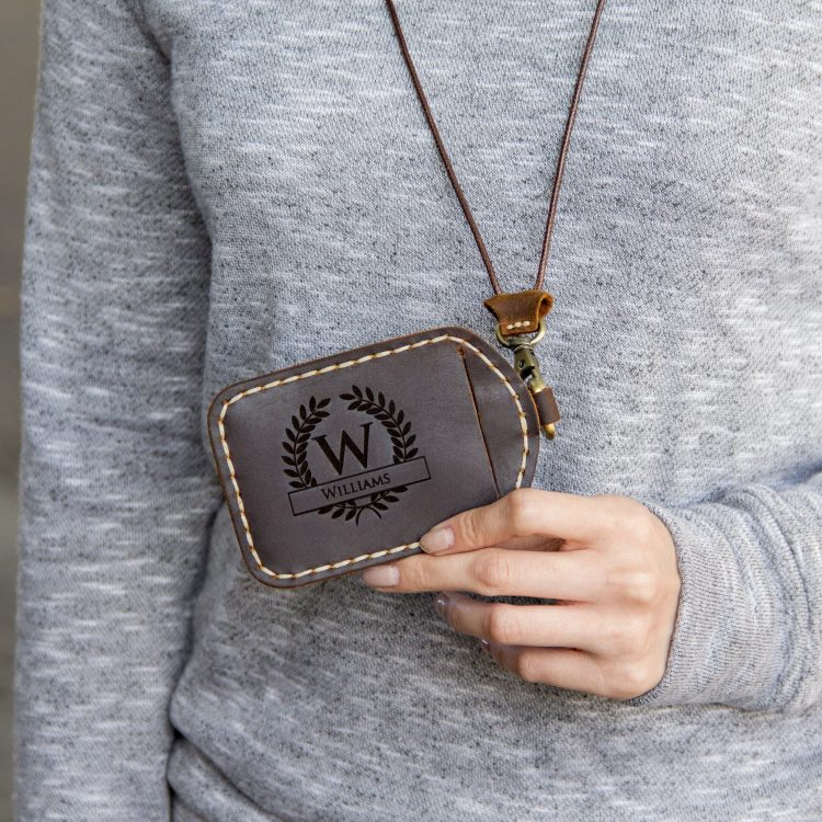 Personalized Leather ID Lanyard – Adjustable Luggage Tag